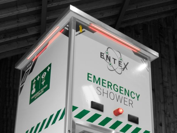 Arboles UK - Tank Fed Emergency Shower - Emergency Lighting and Alarm