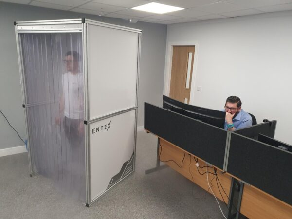 The Arboles UK decontamination booth can be used in a variety of environments such as offices and factories.